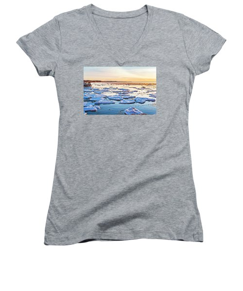 April Sunset Women's V-Neck T-Shirt