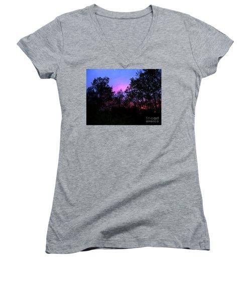 April Sunset Women's V-Neck T-Shirt