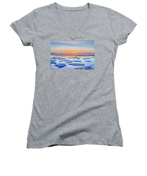 April Sunset Over Lake Superior Women's V-Neck T-Shirt