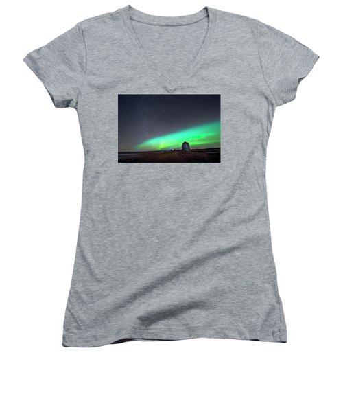 Women's V-Neck T-Shirt (Junior Cut) featuring the photograph Arc Of The Aurora by Dan Jurak