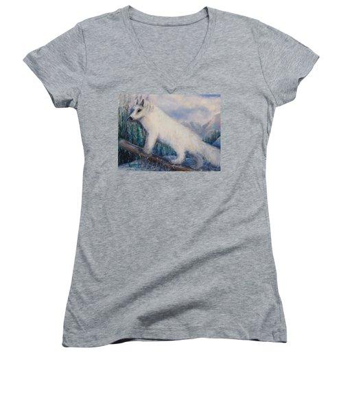 Artic Fox Women's V-Neck T-Shirt