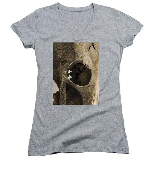 Skully Women's V-Neck T-Shirt (Junior Cut)