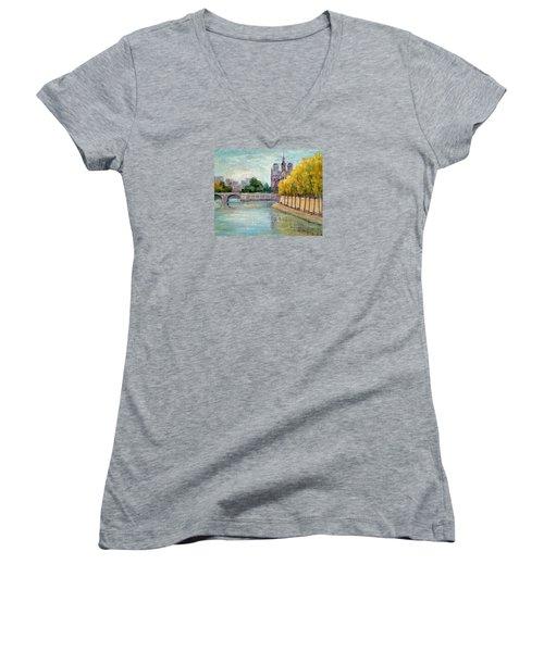 Autumn On The Seine Women's V-Neck T-Shirt (Junior Cut)