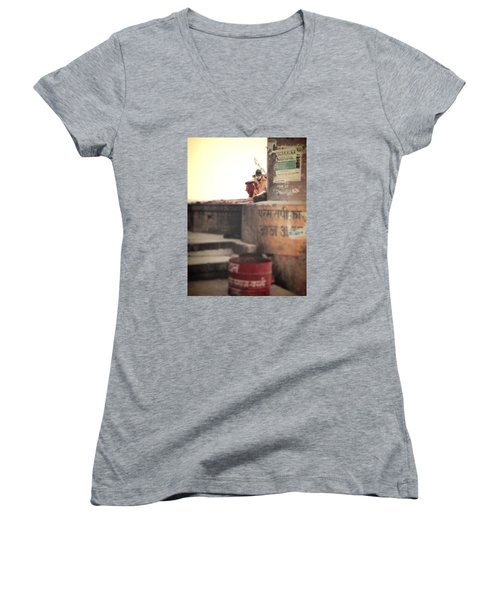 Baba At The Ghats Women's V-Neck T-Shirt