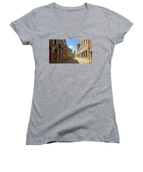 Women's V-Neck T-Shirt featuring the photograph Back Street In Venice by Anne Kotan