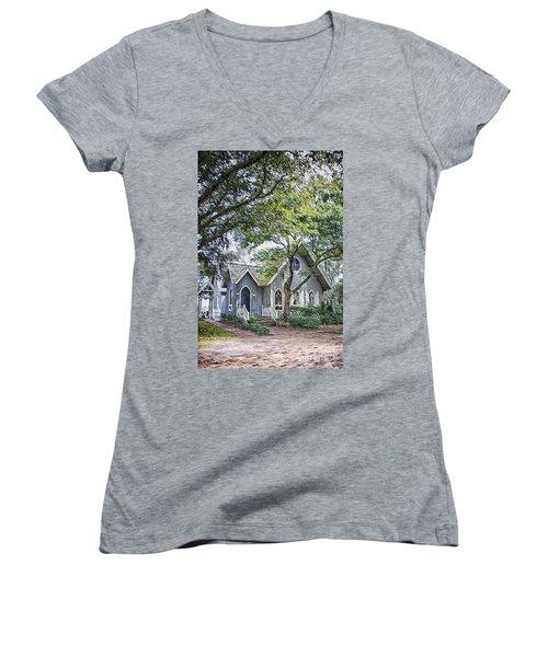 Bald Head Island Chapel Women's V-Neck T-Shirt