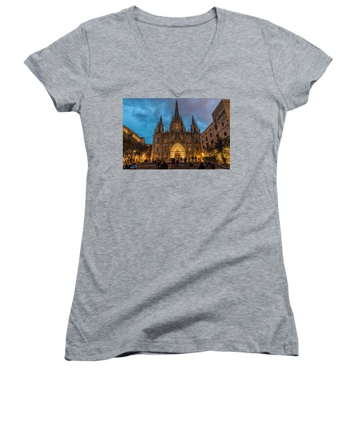 Barcelona Cathedral At Dusk Women's V-Neck T-Shirt