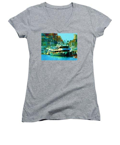 Barco En Cabo Marina II Women's V-Neck T-Shirt (Junior Cut)