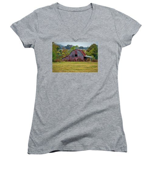 Barn On White Oak Road Women's V-Neck