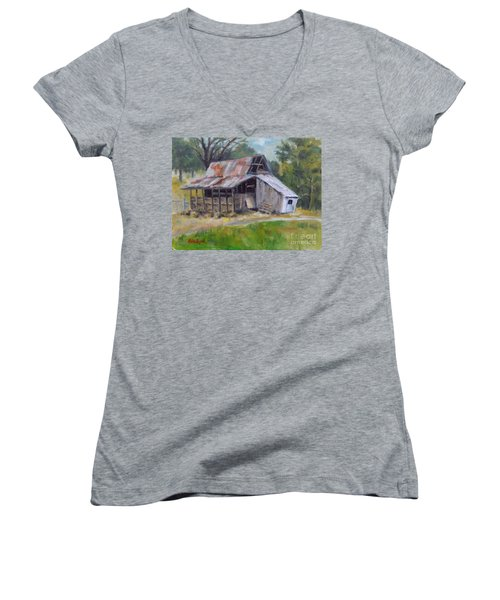 Barn Shack Women's V-Neck T-Shirt