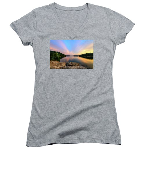 Bay Light Women's V-Neck