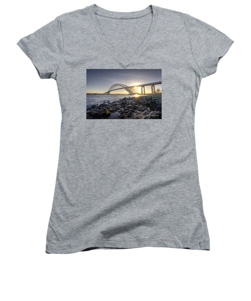 Bayonne Bridge Sunset Women's V-Neck T-Shirt (Junior Cut)