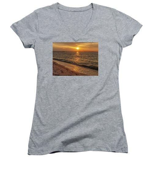Bayside Sunset Women's V-Neck
