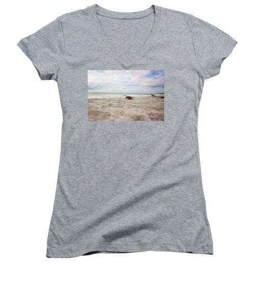 Beach Bum Women's V-Neck