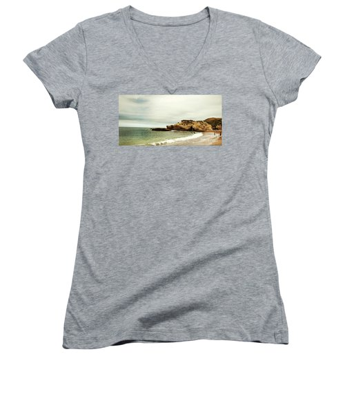 Beach Day At Montana De Oro Inspooner's Cove San Luis Obispo County California Women's V-Neck T-Shirt
