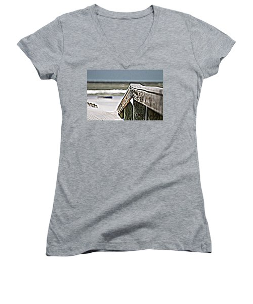 Beach Rail Women's V-Neck