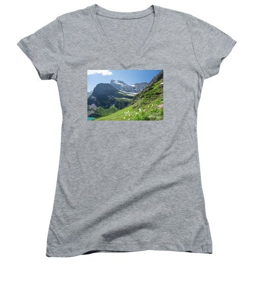 Beargrass - Grinnell Glacier Trail - Glacier National Park Women's V-Neck T-Shirt