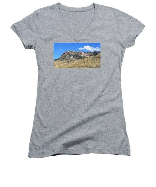 Beautiful Wyoming Women's V-Neck T-Shirt