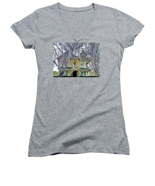 Bed And Breakfast Women's V-Neck T-Shirt