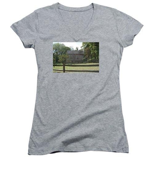 Bedford Barn Women's V-Neck T-Shirt