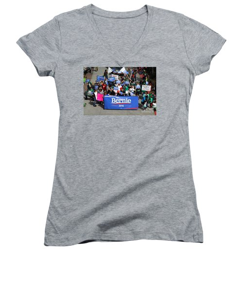 Bernie 2016 Women's V-Neck