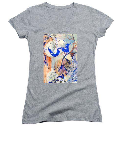 Between Branches Women's V-Neck T-Shirt