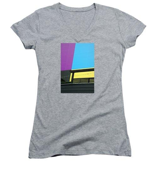 Big Backdrop Women's V-Neck T-Shirt