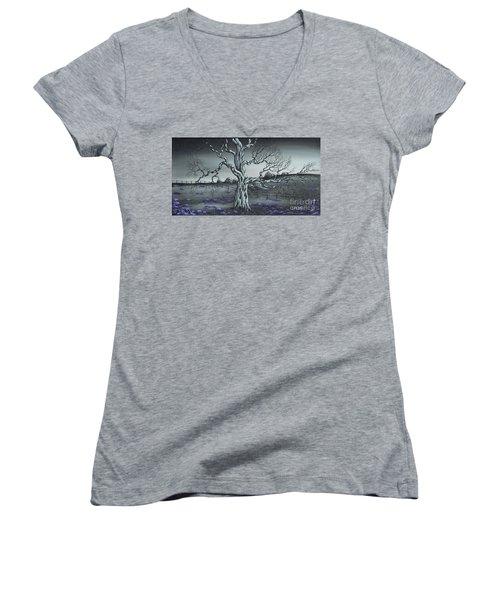 Big Old Tree Women's V-Neck T-Shirt (Junior Cut) by Kenneth Clarke