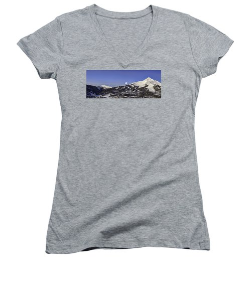 Big Sky Panorama Women's V-Neck (Athletic Fit)
