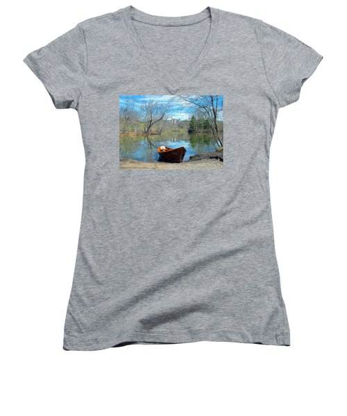 Women's V-Neck T-Shirt (Junior Cut) featuring the photograph Biltmore Reflections by Li Newton