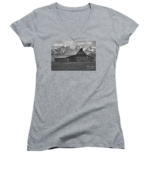 Black And White Mormon Row Barn Women's V-Neck T-Shirt (Junior Cut) by Adam Jewell