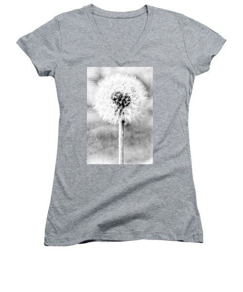 Blowing In The Wind Pencil Effect Women's V-Neck
