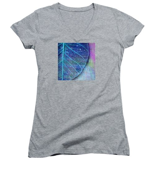 Blue Skeletal Leaf Women's V-Neck T-Shirt (Junior Cut)