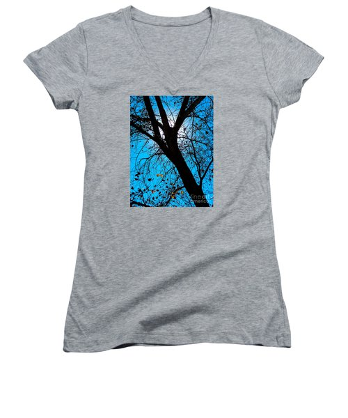 Bosque Silhouette Women's V-Neck T-Shirt