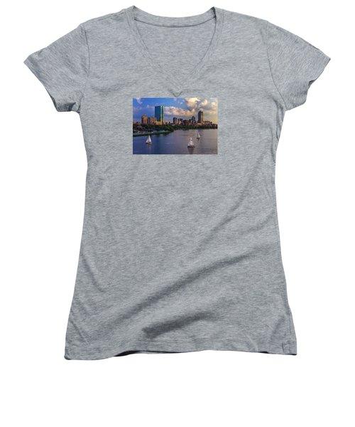 Boston Skyline Women's V-Neck T-Shirt