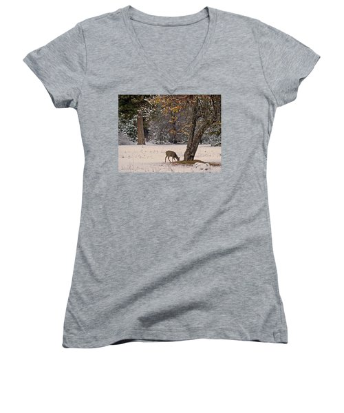 Women's V-Neck T-Shirt featuring the photograph Breakfast Time by Walter Fahmy