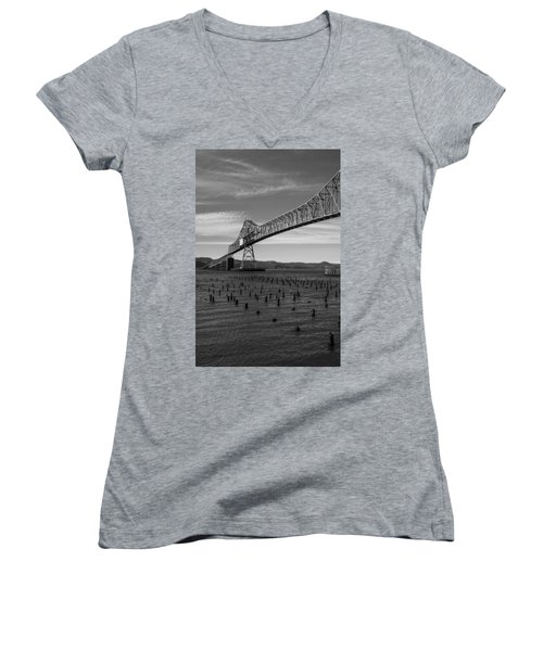 Bridge Over Columbia Women's V-Neck T-Shirt (Junior Cut) by Jeff Kolker