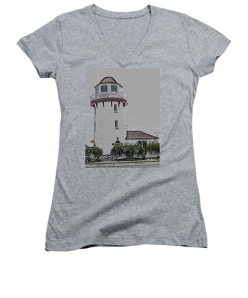 Brigantine Lighthouse Women's V-Neck T-Shirt