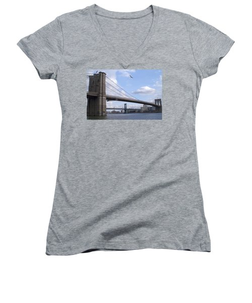 Brooklyn Bridge  Women's V-Neck T-Shirt