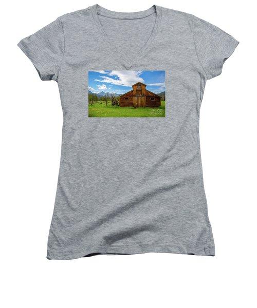 Buckaroo Barn Women's V-Neck T-Shirt (Junior Cut) by John Roberts