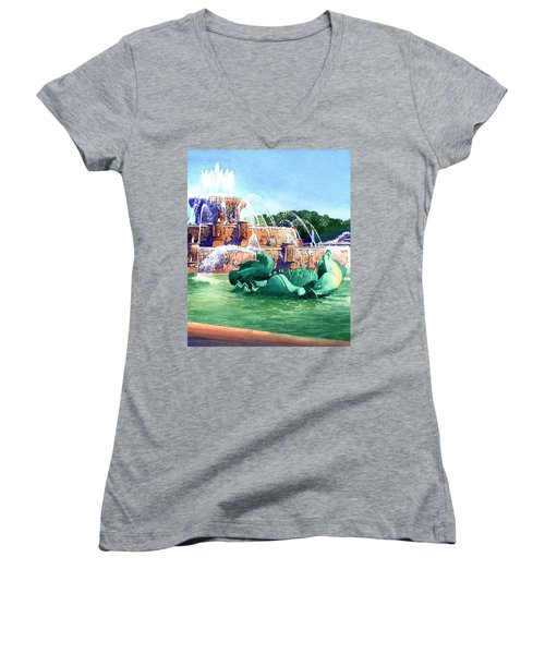 Buckingham Fountain Women's V-Neck