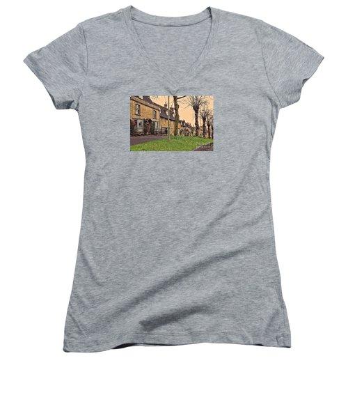 Burford Cotswolds Women's V-Neck T-Shirt