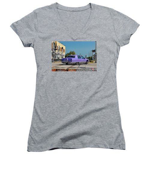 Cadillac Fleetwood Women's V-Neck