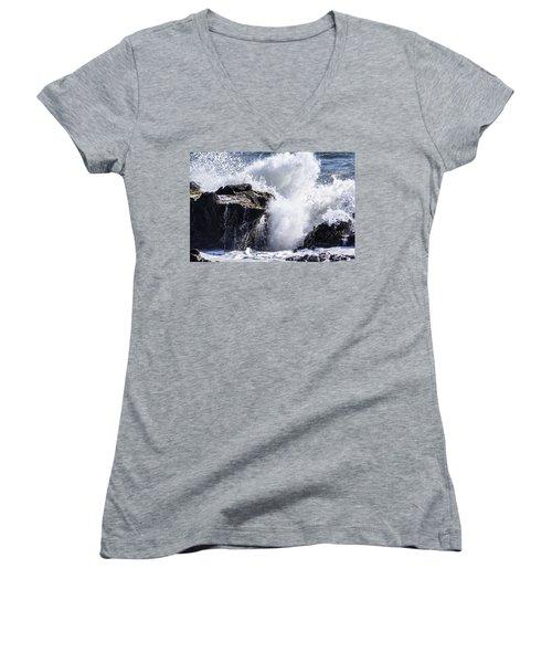California Coast Wave Crash 6 Women's V-Neck
