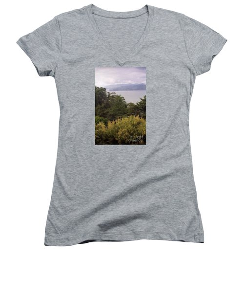 California Coast Fan Francisco Women's V-Neck T-Shirt
