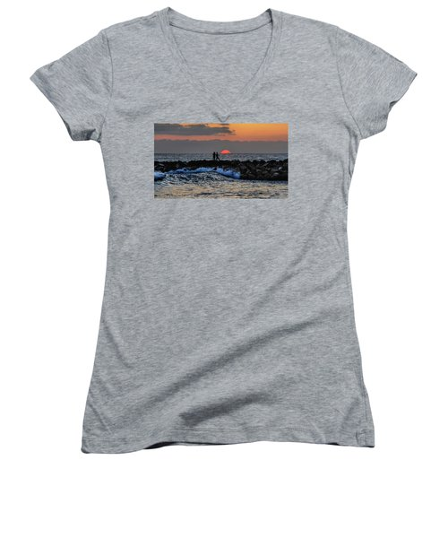 California Evening With Sandstone Effect Women's V-Neck