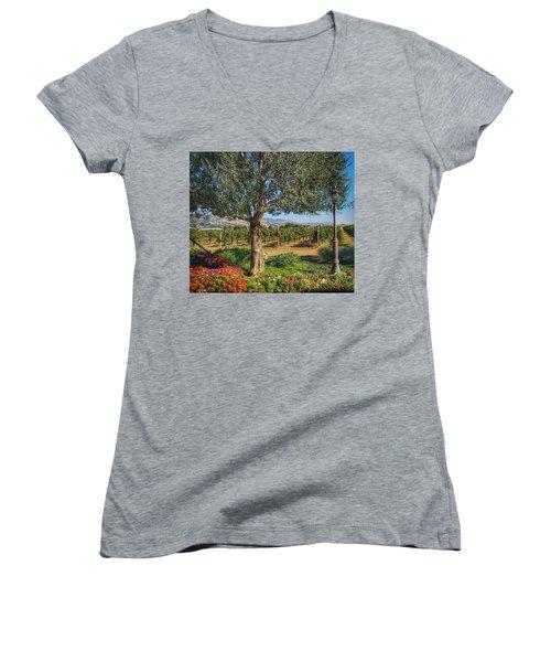 California Wine Country Women's V-Neck T-Shirt