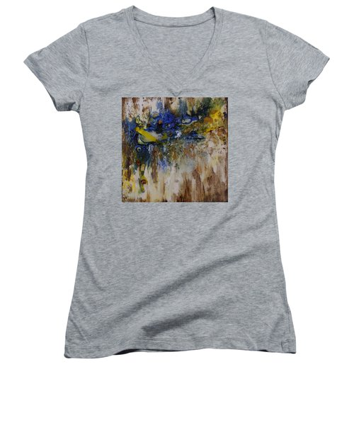 Canadian Shoreline Women's V-Neck