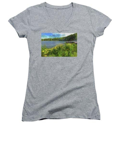 Canoe Number 9 Women's V-Neck T-Shirt (Junior Cut) by Cedric Hampton