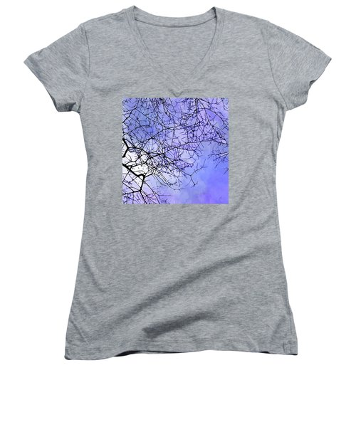 Canopy Women's V-Neck